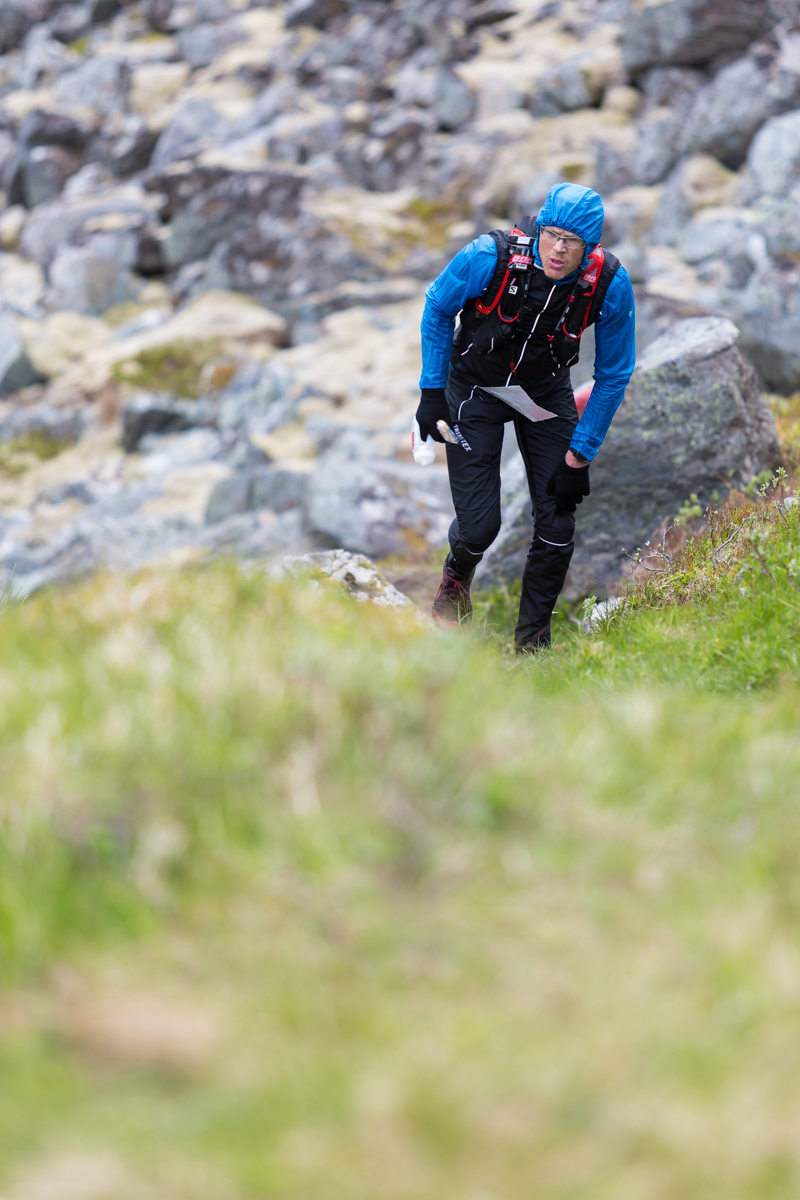 Tough conditions during the Lofoten Ultra Trail 2016 on the climb from Kvalvika.