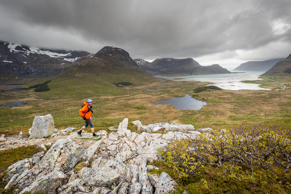 Running above Flakstad Pollen, on the trail between Nusfjord and Kilan, during Lofoten Ultra Trail 2016.