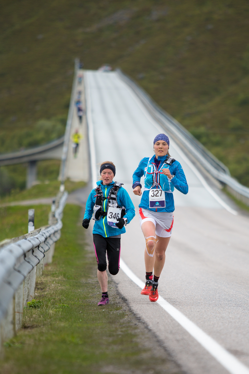 Yngvild Kaspersen (right) and Hilde Aders running the 24 km race of the Lofoten Ultra Trail 2016.