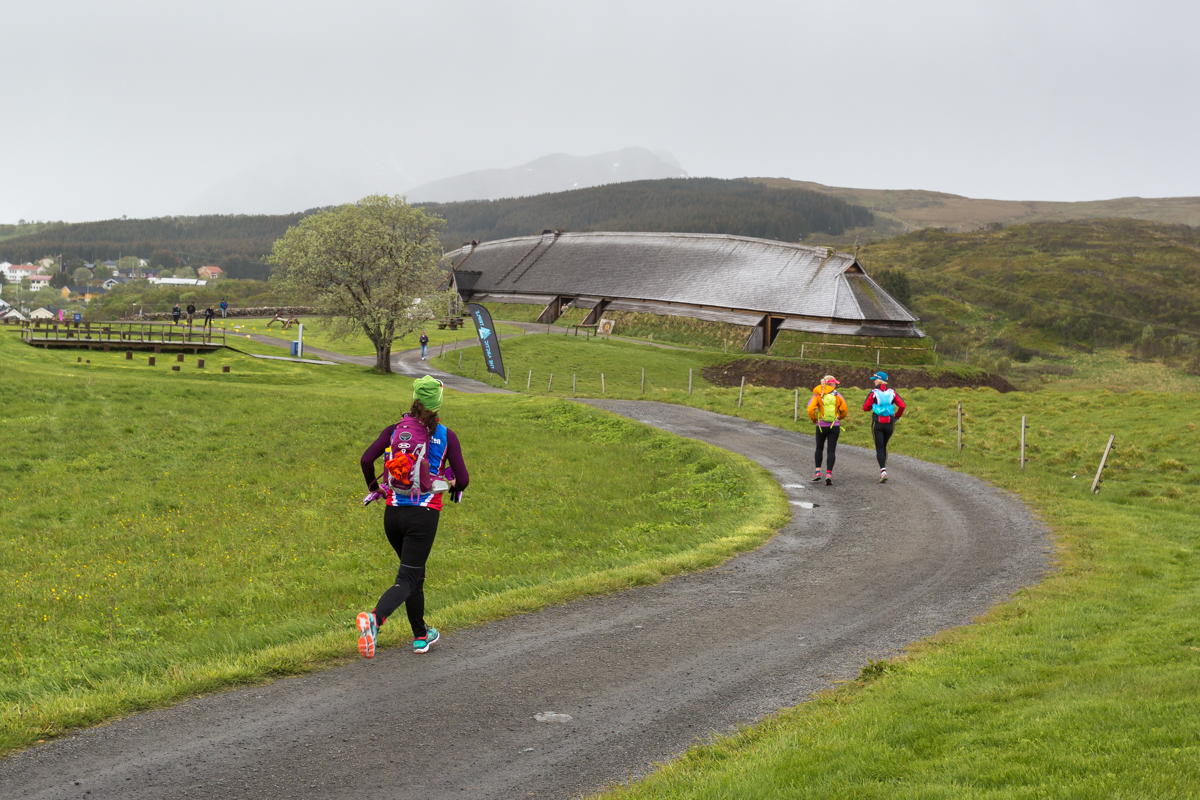 Runners at Lofotr - Viking Museum, during the Lofoten Ultra Trail 2016.